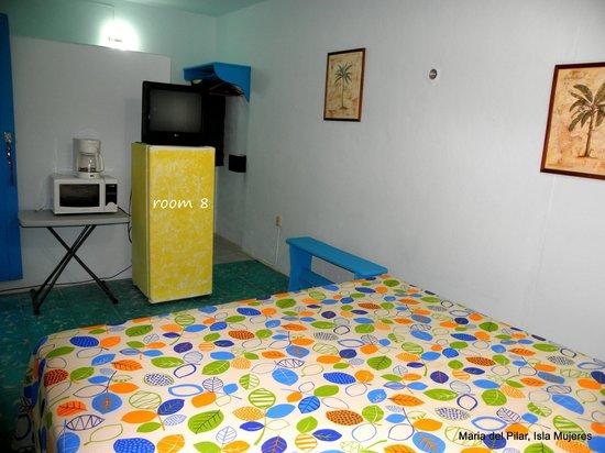 Hotel Maria del Pilar: room 8