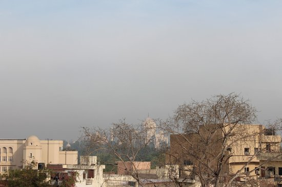 Hotel Sheela Inn: View of Taj Mahal from the rooftop