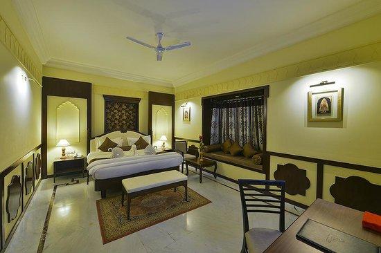 Desert Tulip Hotel & Resort: Apartment Suite3