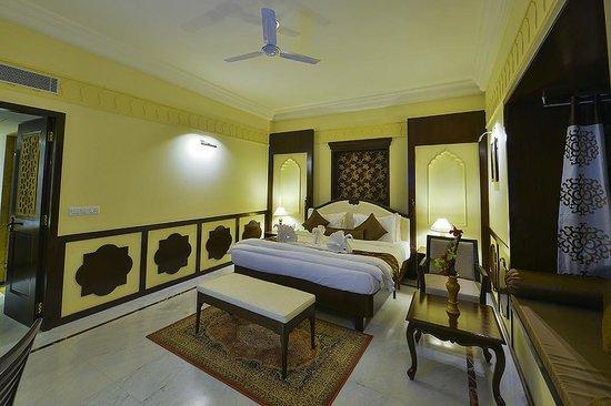 Desert Tulip Hotel & Resort: Apartment Suite2