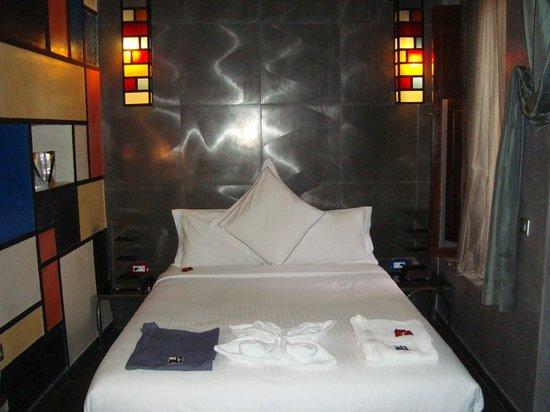 """Villa Makassar: Nuestra habitación estilo """"Art Decó"""""""