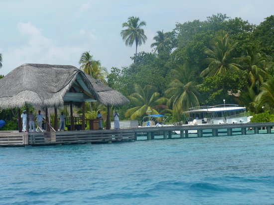 Kuramathi Island Resort: Le ponton d'accueil