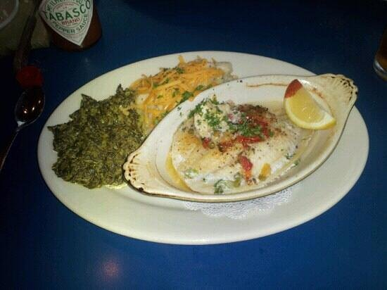 The Speckled Trout: Stuffed flounder, garlic and cheese makes potatos, creamed spinache.