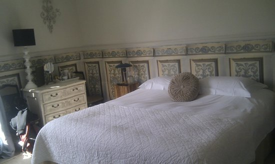 The Old Rectory: The Sinnock Room. (The bed was extremely comfortable.)