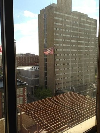 Sheraton Philadelphia University City Hotel: Another view from room