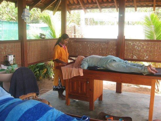 Max Wadiya : Enjoying an ayurvedic massage