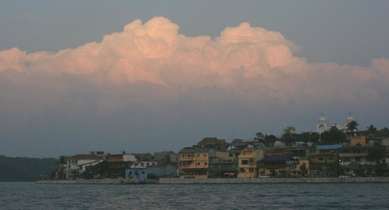Historic Round Trip Tzimin Chac: Flores from the water