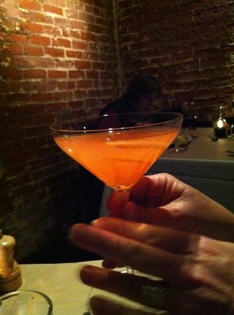 Brix Restaurant and Wine Bar : pretty cocktail