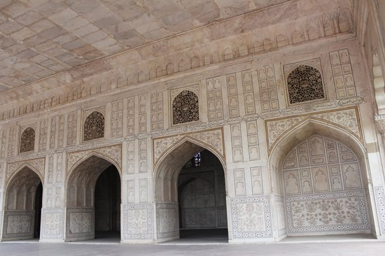 Agra fort diwan e khas picture of agra fort agra for Diwan e khas agra fort
