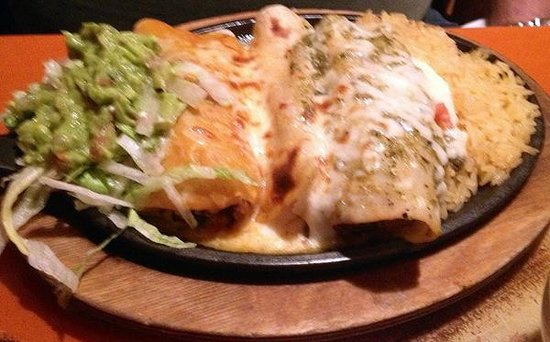 Papas & Beer : Sizzlin' Enchiladas with cheese, chicken and steak...yum!