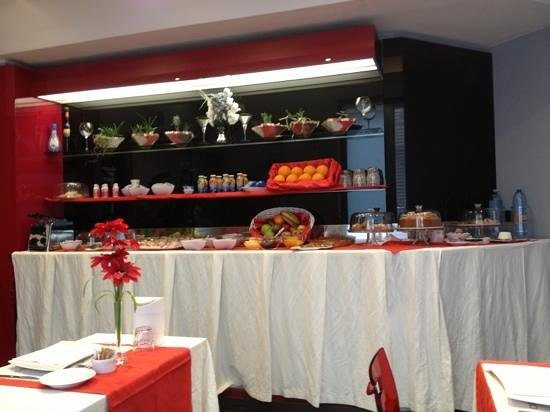 Vescovo Rosso: buffet colazione