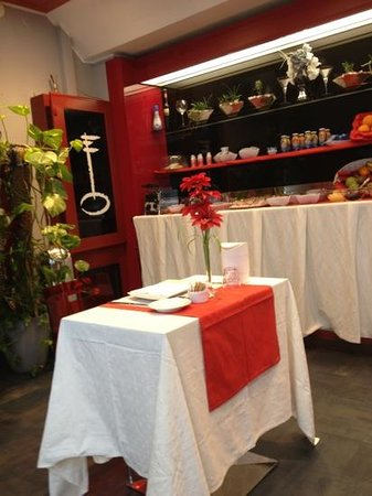 Vescovo Rosso: saletta colazioni