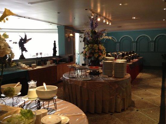 Forum Park Hotel: 朝食の間2