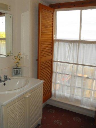Carlton Residence: Room 35 - Bathroom