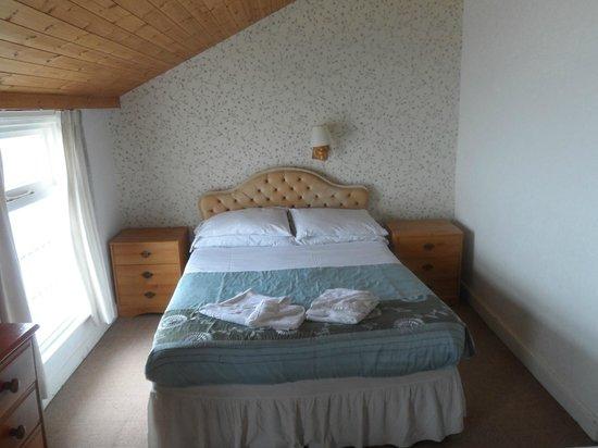 Carlton Residence: Room 9 - Family Room
