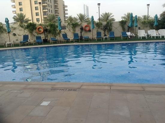 Arabian Park Hotel: pool at the hotel