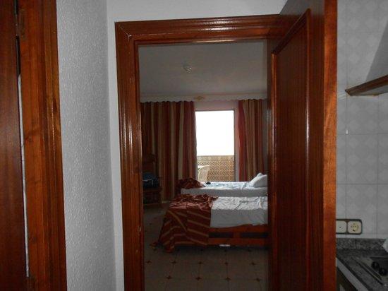 Aparthotel Veramar Malaga: Habitación
