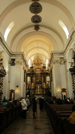 Church of Our Lady Victorious - Holy Child of Prague: our lady victorious church nave