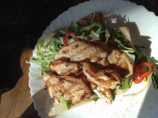 Broodje Bert: bocadillo de pollo a la brasa