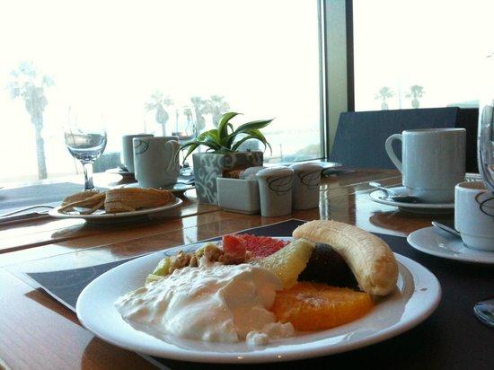 Sheraton Tel Aviv Hotel: Blick aus dem Frühstückssaal