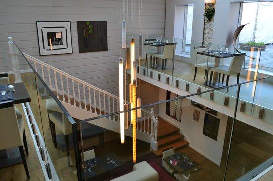 Le Pavillon Rose : partie de l'étage du restaurant