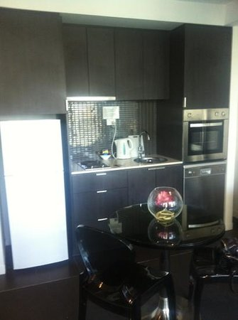Punthill South Yarra Grand : lovely kitchen area