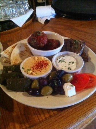 Jake & Telly's Greek Cuisine: Mix Appetizer Plate