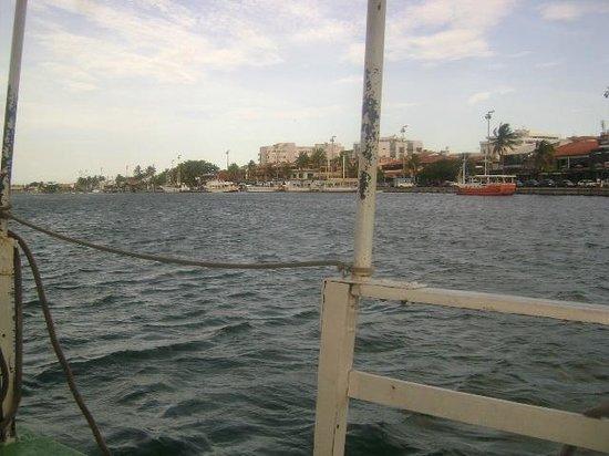 Rua Dos Biquinis: Foto tirada da travessia na barca. Travessia muito tranquila e gostosa.