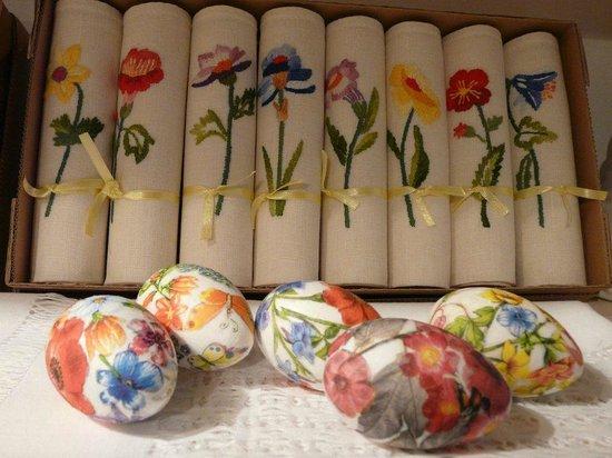 Handmade napkins and styrofoam decoupage eggs , Picture of