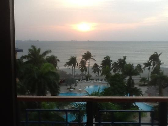 Zuana Beach Resort: The real view from the balcony
