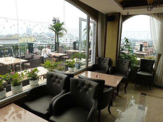 Hanoi Tirant Hotel: Lakeview lounge