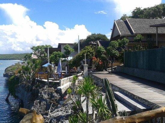 Amatoa Resort: Main path