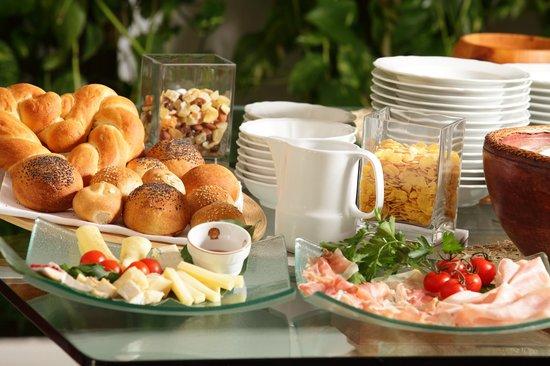 Hotel Abbazia: breakfast buffet
