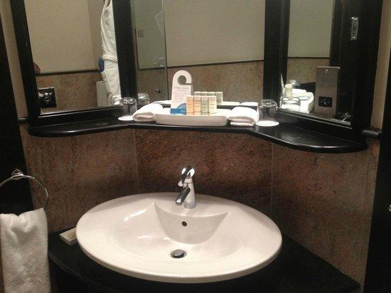 Radisson Blu Hotel, Doha: Lavabo