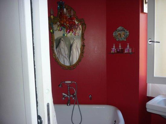 Room29 : Bathroom