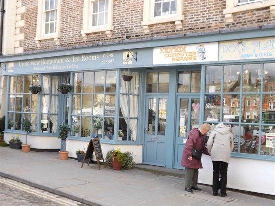 Cross View Tea Rooms and Restaurant: Cross View Tea Rooms