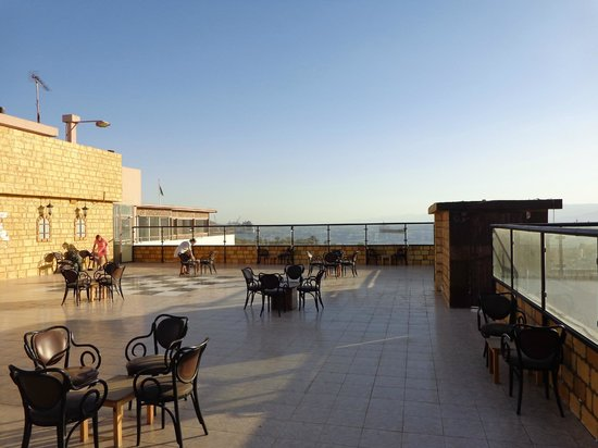 Mina Hotel: Roof top bar