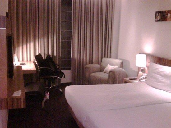 Shervani Nehru Place : Bed