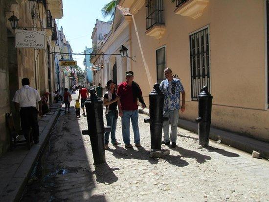 Rumbo A Calle Obispo Picture Of Old Havana Havana Tripadvisor