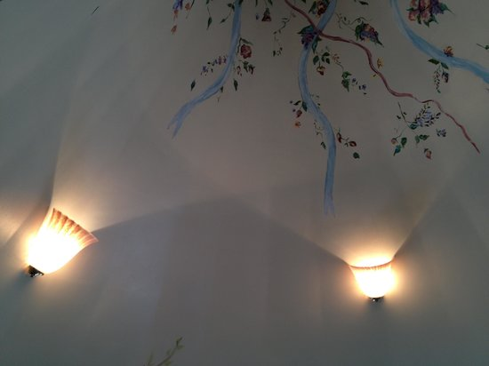 The Grenville: Love the ceiling!