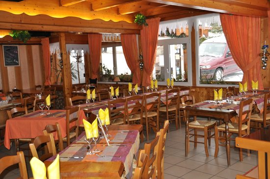 Auberge Le Couchetat : Salle-à-manger