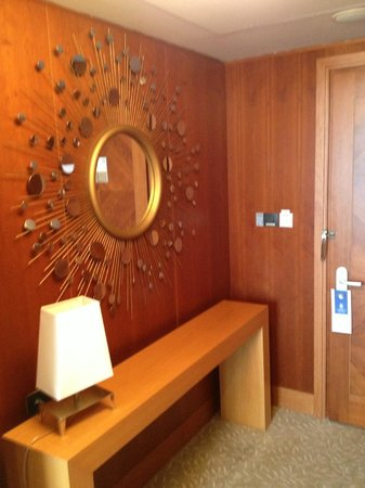 Arion, a Luxury Collection Resort & Spa: Entrance to suite