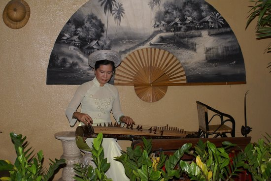 Nha Hang Guest House