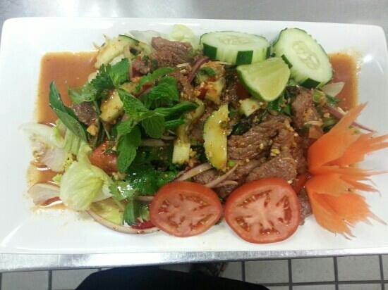 Thai 9: beef salad very tasty aswel!!!