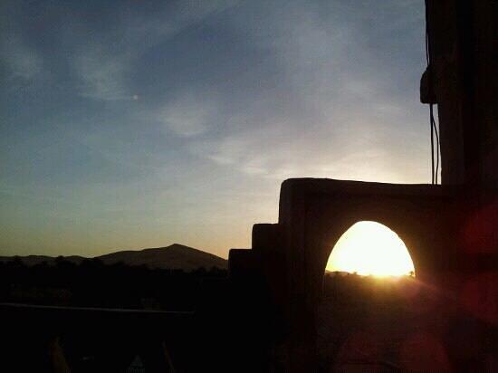 L'Auberge Oasis: sunrise