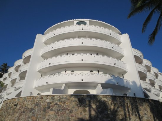 Las Hadas By Brisas: One section fo the hotel