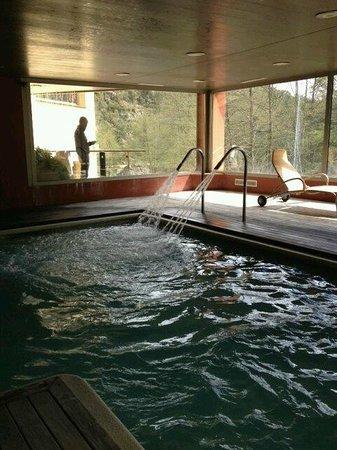Hotel & Spa La Central: spa surplombant la rivière