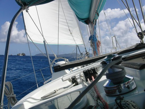 Cloud 9 Sailing Adventures: Sailing towards Jost Van Dyke