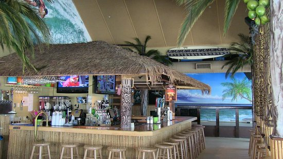 ‪Nalu Hawaiian Surf Bar & Grille‬