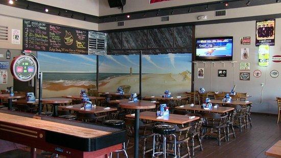Whiskey Beach Restaurant : mural